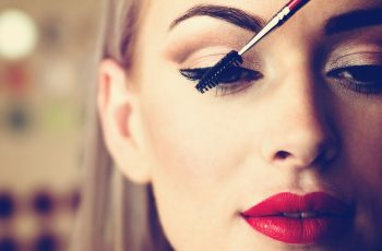 wie-fixieren-wir-unser-makeup